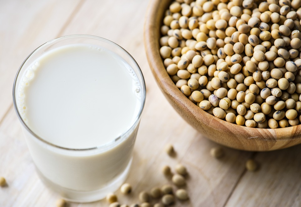 benefits of soy milk
